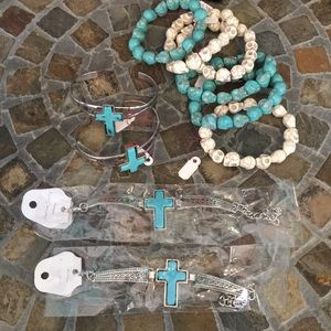 🤩BNWT turquoise Bracelets